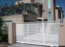 Kwikfynd Decorative Automatic Gates acaciapark